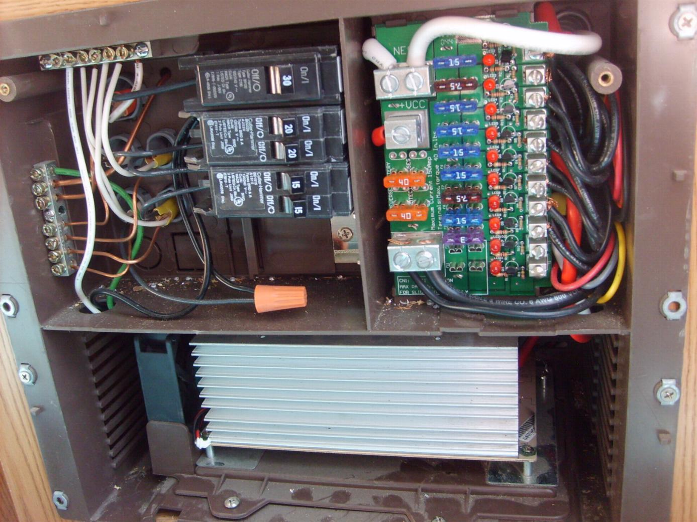 img_429461_2_e9e5566ce3b173d45d5796cbe96e8b33 battery reverse polarity problem 19xud jayco rv owners forum wfco wf8735p wiring diagram at gsmx.co