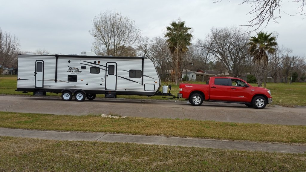 Those who tow with a Toyota Tundra - Jayco RV Owners Forum