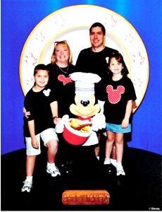 Disney_Fischer_Family_Pic_.jpg