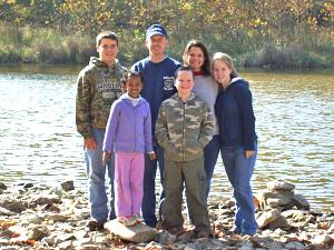 Click image for larger version  Name:family photo.jpg Views:12 Size:98.7 KB ID:9322