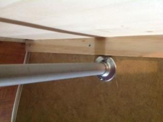 Wardrobe shelf bracket (outside trailer wall)