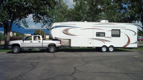 Our current set up, 2004 HD and 2012 30.5 BHLT.