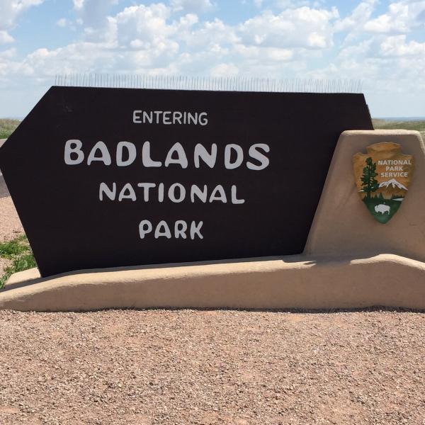 A drive thru Badlands National Park.