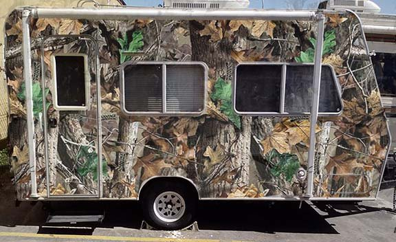 Camo trailer 1.jpg