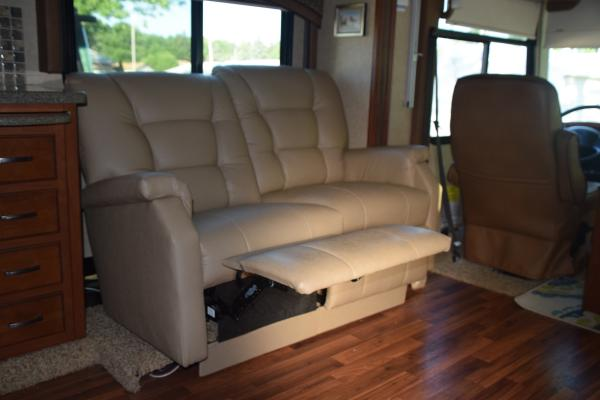 Reclined Double Recliner
