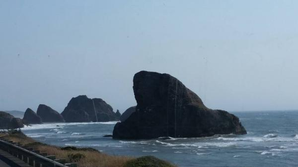 Fantastic views while driving in breathtaking Oregon coast