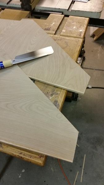 Whiet Oak hardwood edge banding trimmed flush
