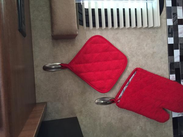 Command Hooks in kitchen